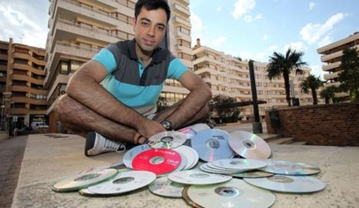 Un tudelano logra ampliar hasta 100 veces la capacidad de CD y DVD